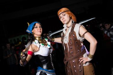 Aveline And Isabella by La-Clover