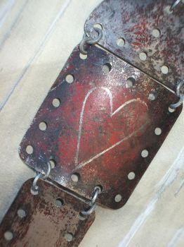 Meccano heart by Re-form