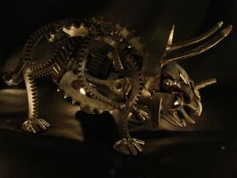 Steampunk Triceraptor by metalmorphoses