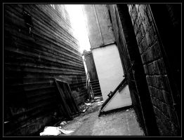 The Alleyway - III by Entaryon
