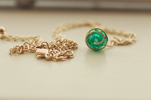 Kokiri's Emerald necklace. by Yelyac