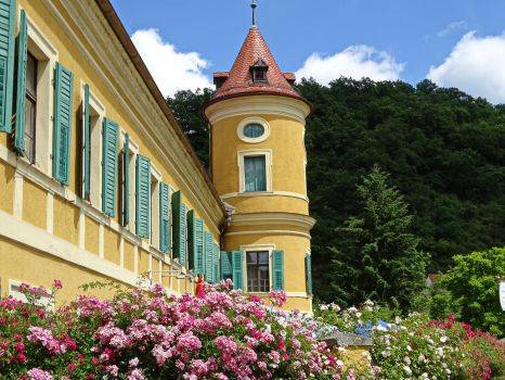 Little Palais by UdoChristmann