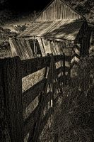 Old shed by GeoffSporne