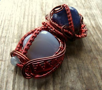Wire Wrapped Cooper Agate and Sodalite Pendant by Naldor