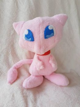 mew plush by Meeth28