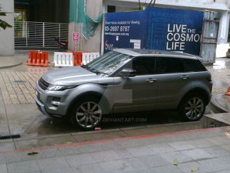 Evoque in the rain 1 by jlhy