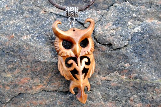 Wooden owl pendant (Updated version) by JonasOlsenWoodcraft