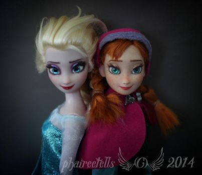 Frozen Elsa and Anna custom OOAK repaint by phairee004
