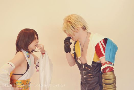 Yuna and Tidus by penelomotte