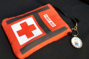L4D First Aid Kit Purselet Purse Wallet - Updated by Monostache