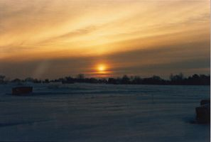 Winter Sunrise II by narniamushroom02
