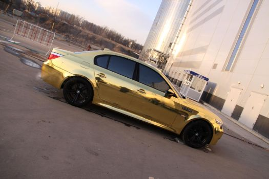 BMW M5 GOLD ORIGINAL by andreas-m3