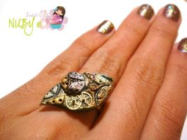 Mechanical Leaf Ring by colourful-blossom