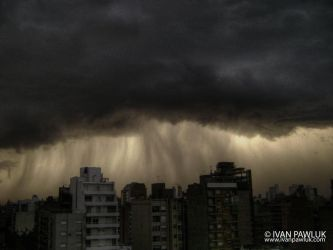 Storm in Rosario - Argentina by ipawluk