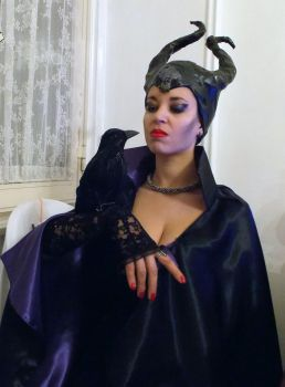 my home-made low-cost costume for Halloween by NadienSka