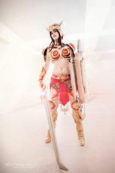 Valkyrie Leona Cosplay League of Legends! by TineMarieRiis