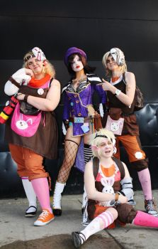 Mad Moxxi and Tiny Tina's by UndercoverEnvy
