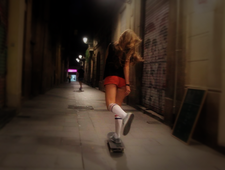 Skateboard Girl Behind the Streets by dejvis96