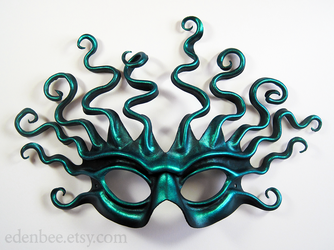 Sea Gorgon leather mask by shmeeden