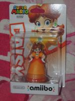 Princess Daisy Amiibo by HannahDoma