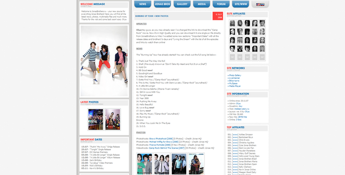Another Jonas Brothers fan site layout by ooliyah