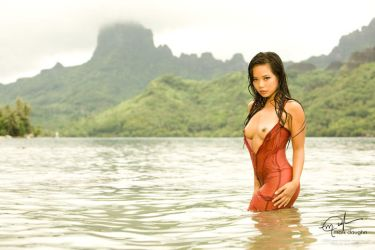 red tahiti III. by luanalani