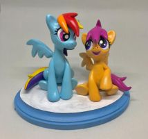 RD and Scootaloo Sculpt by CadmiumCrab