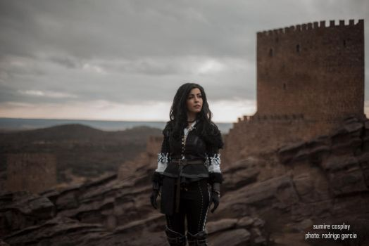 Yennefer of Vengerberg cosplay by Voldiesama