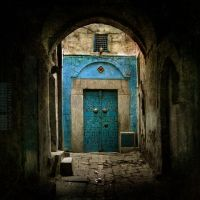 Suddenly a blue door by IMAGENES-IMPERFECTAS