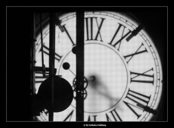 Time by nathalieG