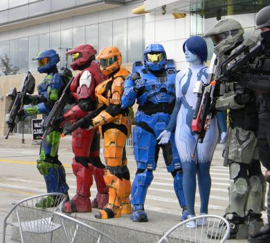 Youmacon Spartans by EndOfGreatness