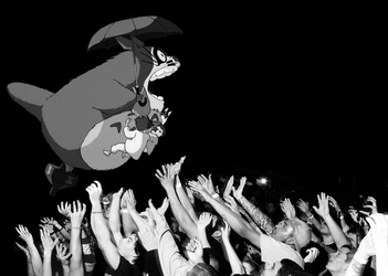 Totoro Stage Dive by FR3D84