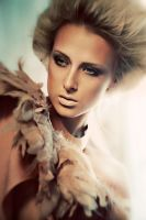 GIRL WITH FEATHERS V by simsalabima