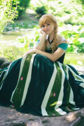 At least I have a chance - Anna Frozen cosplay by Achico-Xion