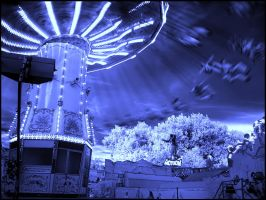 Carousel Action infrared... by MichiLauke