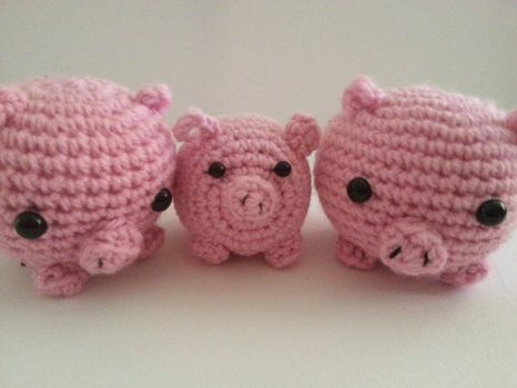 Three Little Pigs by LittleShopOfCutes