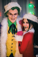 Harley Quinn and Joker (Christmas version) 17 by ThePuddins
