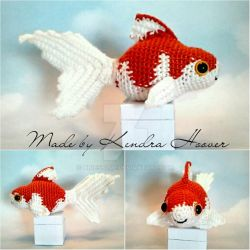 Crochet Fancy Goldfish by higesblue