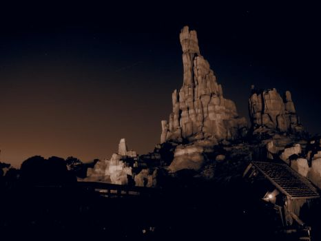 Big Thunder Mountain circa 1856 by frightmare99