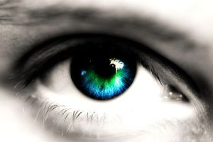 Blue-green eye by The-Dogfather