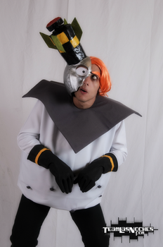 Dr N. Gin cosplay! by ViluVector