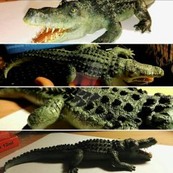 Smiling croco sculpture by RetroCharo