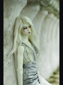 I can be a ghost now...(dollshe bernard) by NogiSan