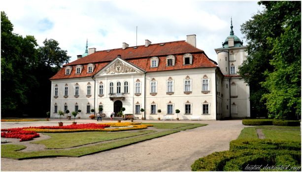 Palace in Nieborow by Lantret
