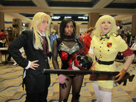 Hellsing babes and a keyblader by Verlerious