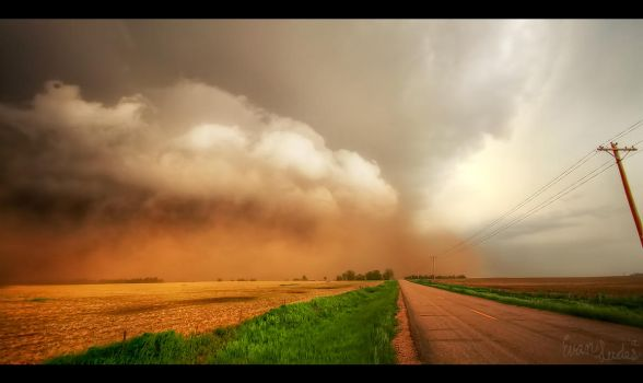 The Midwestern Haboob by FramedByNature