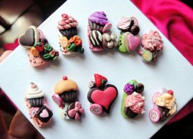 CUPCAKE SWEETS 3D STYLE NAILS by jadelushdesigns