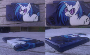 CUSTOM VINYL SCRATCH DS LITE FRONT by orgxiiifreak