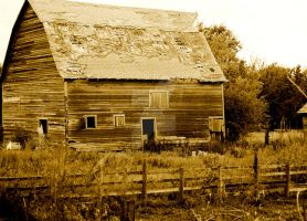 Old Rustic Barn by VroomBroom