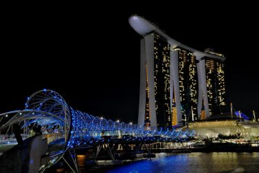 Helix Bridge, Marina Bay Sands by Timocool